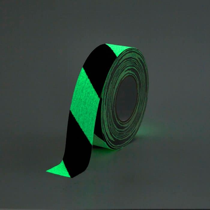 GripFactory Antislip Glow in the Dark Tape - rol 50 mm gevaar